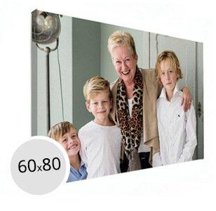Foto op canvas oma met kleinkinderen
